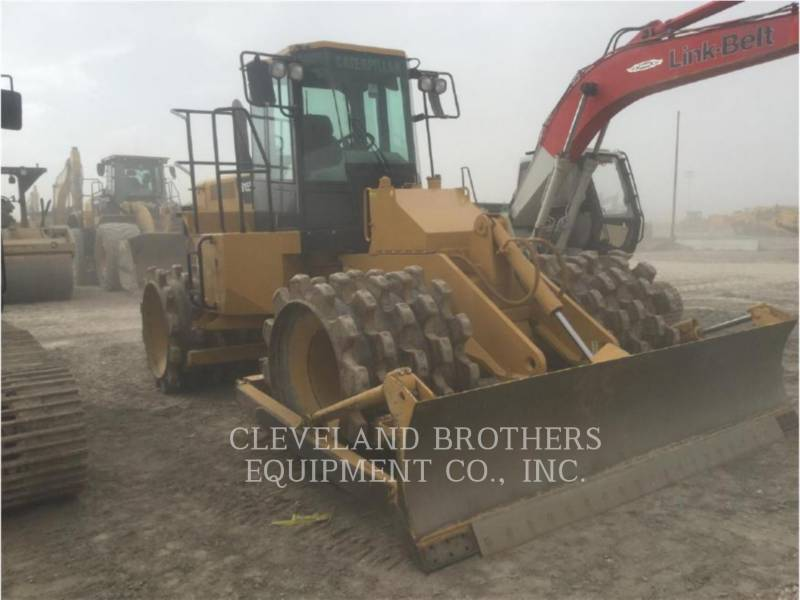 CATERPILLAR COMPACTADORES 815F equipment  photo 2