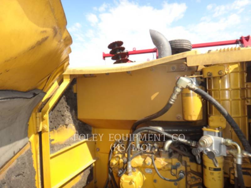 CATERPILLAR TRACK EXCAVATORS 320CL equipment  photo 7