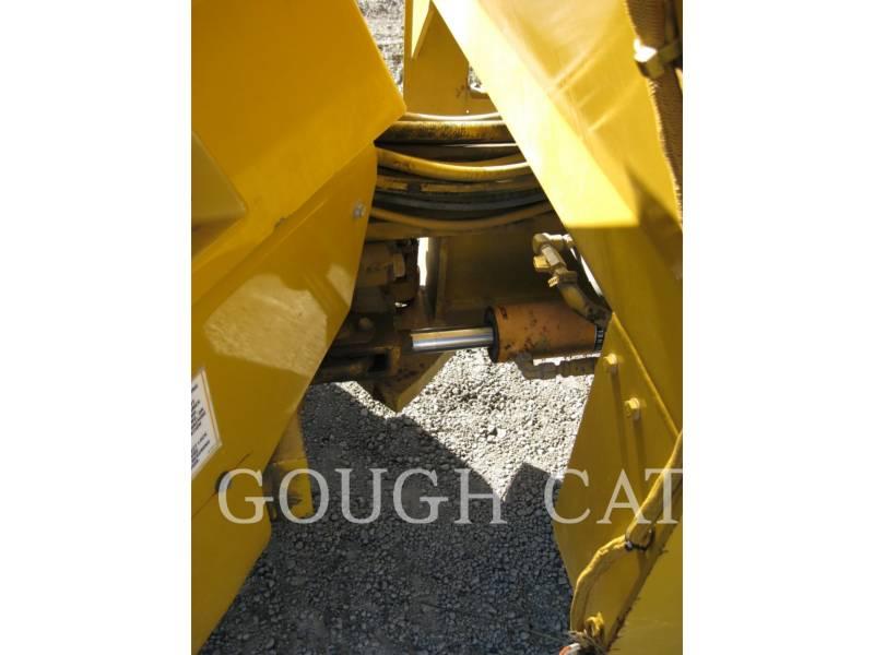 CATERPILLAR VIBRATORY DOUBLE DRUM ASPHALT CB-434D equipment  photo 7