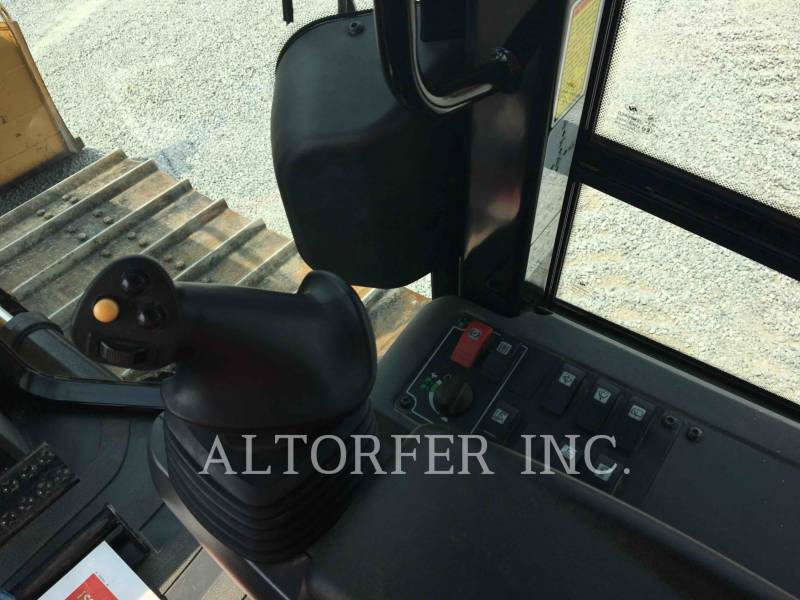 CATERPILLAR KETTENDOZER D4K2LGP equipment  photo 10