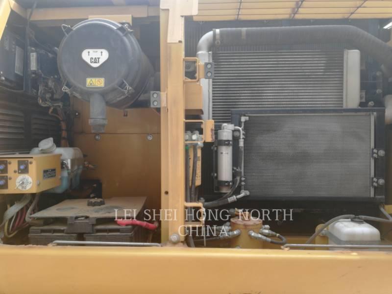 CATERPILLAR KETTEN-HYDRAULIKBAGGER 320D equipment  photo 15