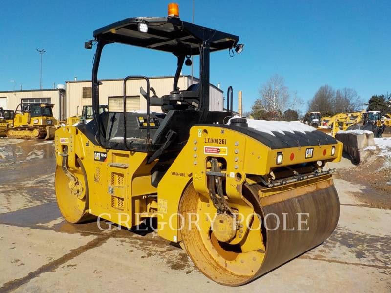 CATERPILLAR TAMBOR DOBLE VIBRATORIO ASFALTO CB54B equipment  photo 9