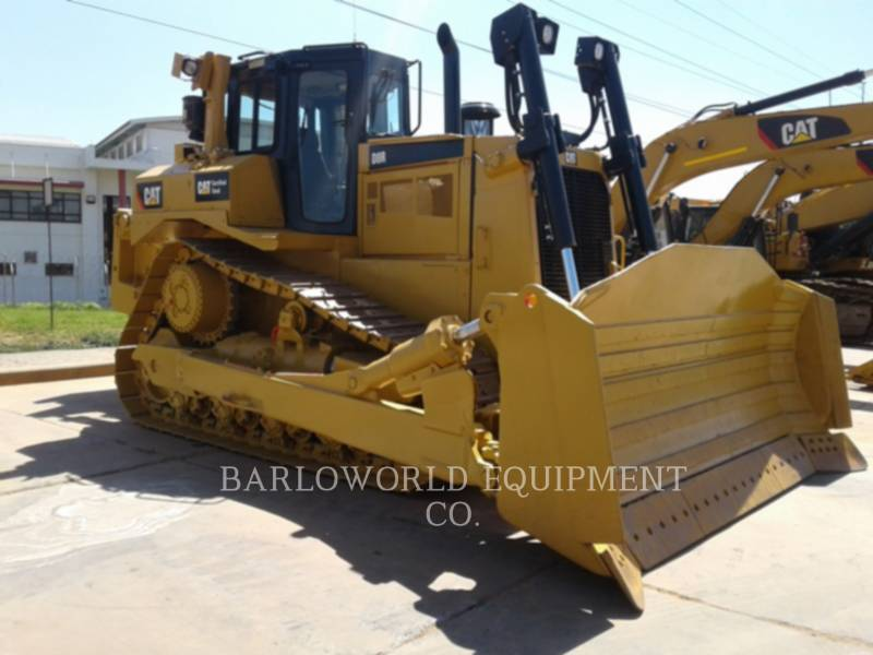 CATERPILLAR TRACK TYPE TRACTORS D 8 R equipment  photo 1