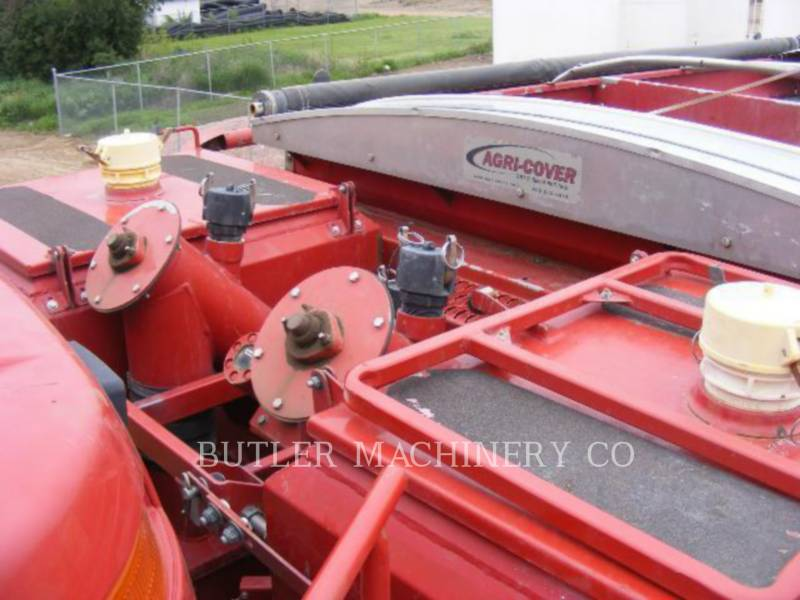 CASE/INTERNATIONAL HARVESTER PULVÉRISATEUR 3520 equipment  photo 4