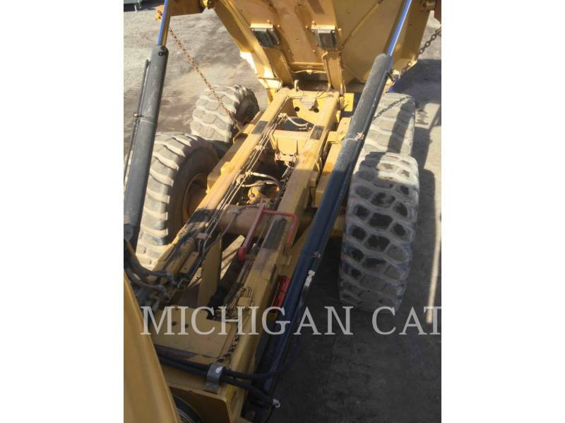 CATERPILLAR CAMIONES ARTICULADOS 730 T equipment  photo 11