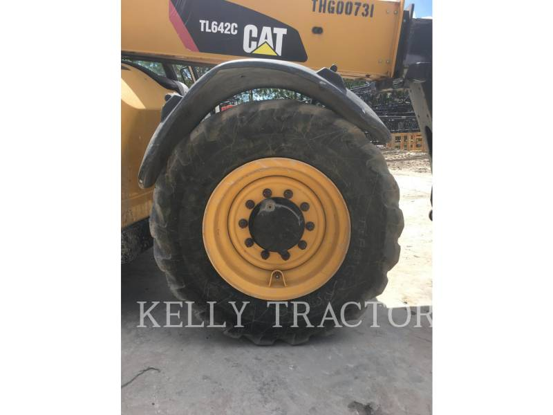 Caterpillar STIVUITOR TELESCOPIC TL642C equipment  photo 10
