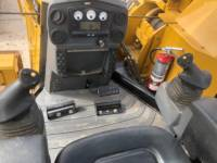 CATERPILLAR PIPELAYERS PL61 equipment  photo 22