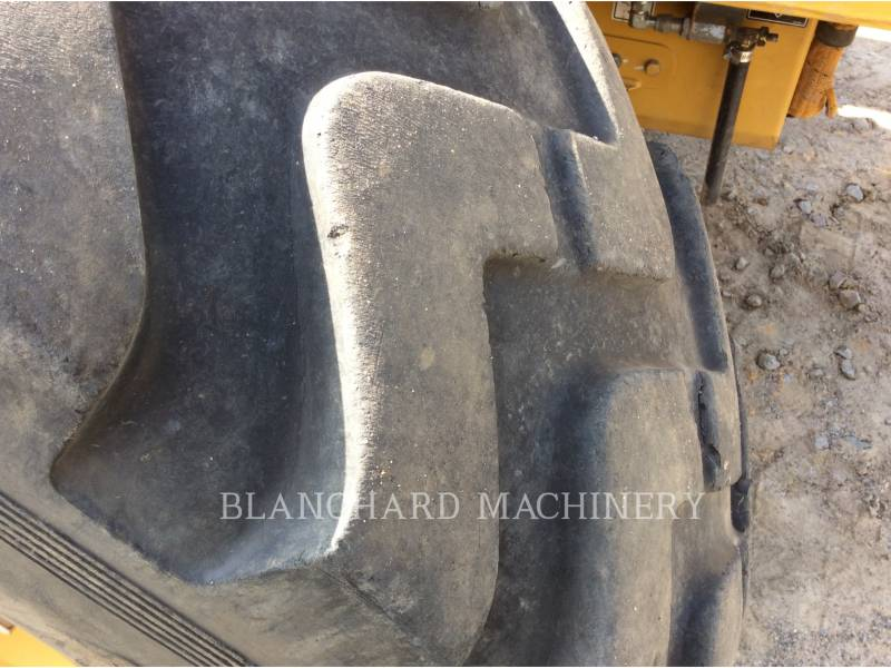 CATERPILLAR MOTONIVELADORAS 12M equipment  photo 14