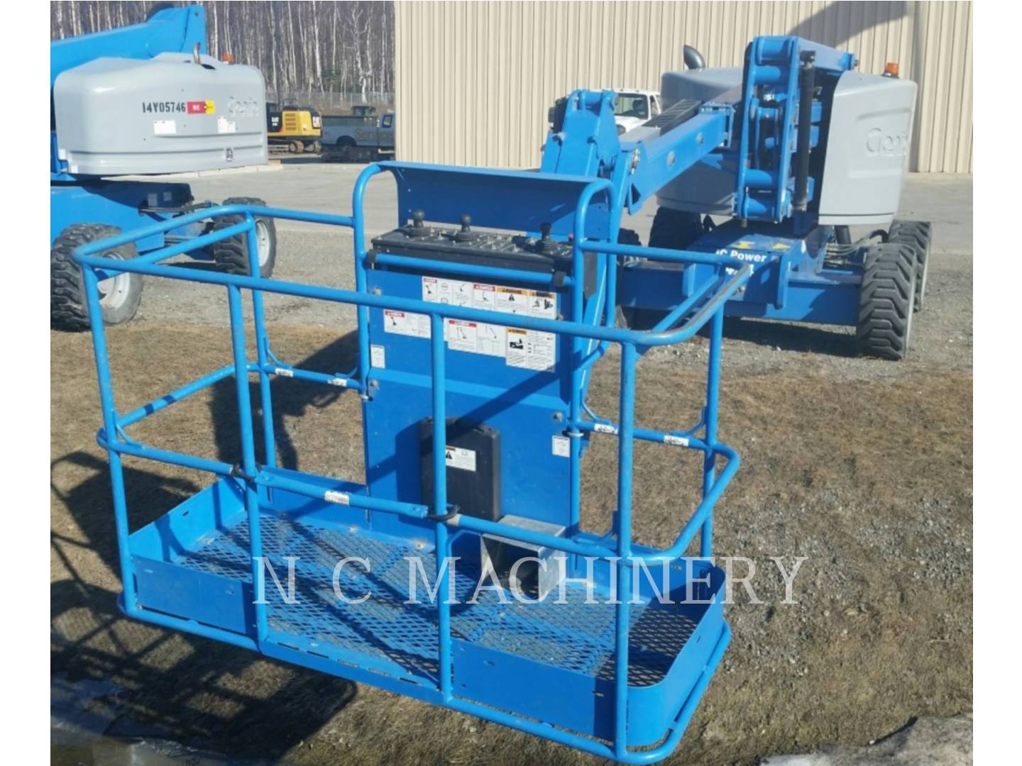 Detail photo of 2014 Genie Z-45 from Construction Equipment Guide