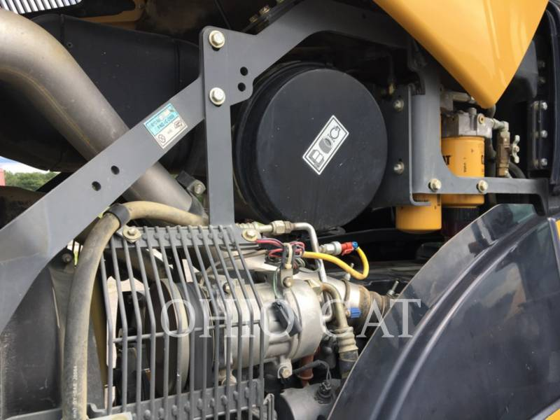 AGCO-CHALLENGER AG TRACTORS MT765B equipment  photo 10