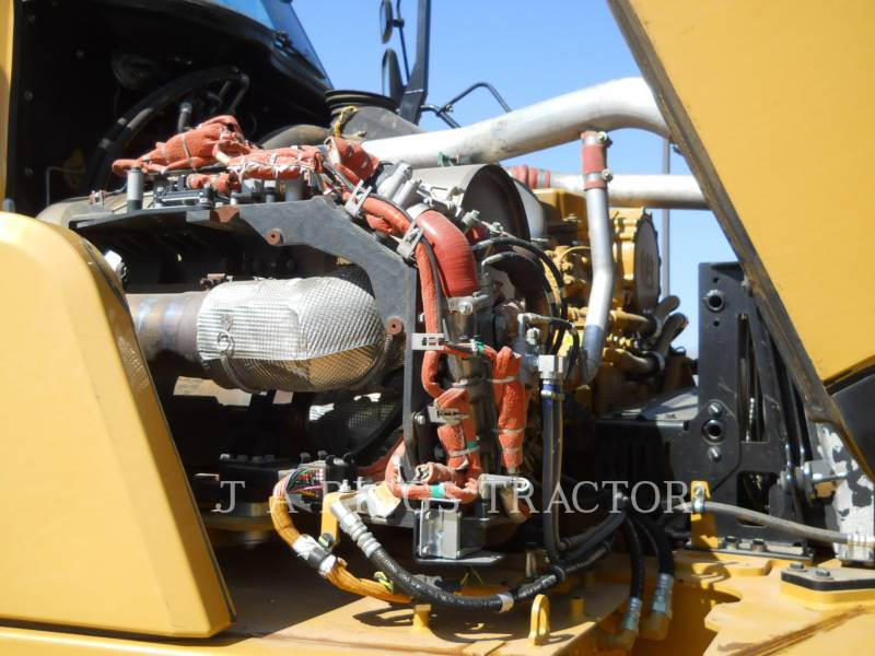 CATERPILLAR ARTICULATED TRUCKS 740B equipment  photo 19
