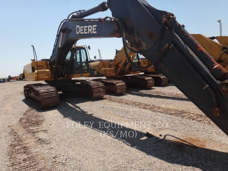 DEERE & CO. TRACK EXCAVATORS 350D equipment  photo 5