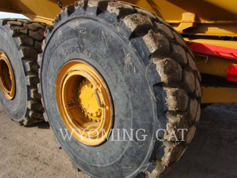 CATERPILLAR DUMPER ARTICOLATI 740 equipment  photo 10