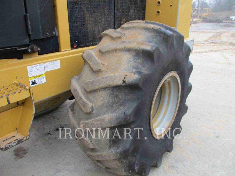 Caterpillar SILVICULTURĂ – MAŞINI DE ADUNAT COPACI 563 equipment  photo 9