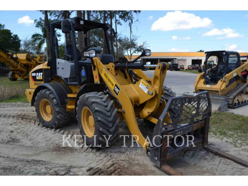 CATERPILLAR CARGADORES DE RUEDAS 908M equipment  photo 1