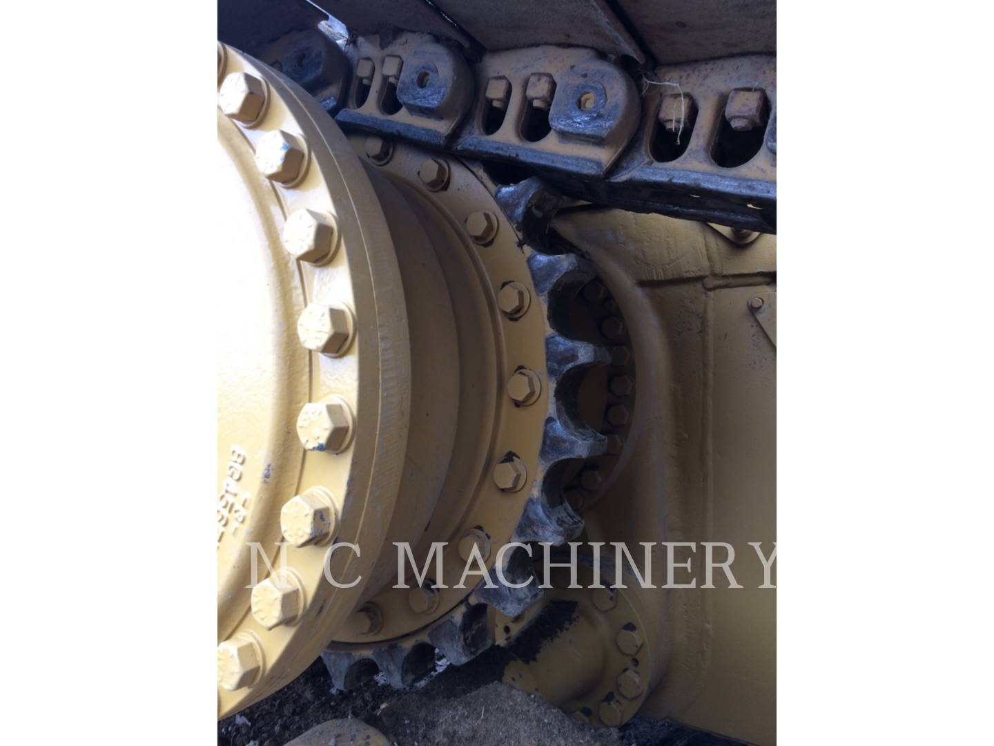 Detail photo of 1994 Caterpillar D4H LGP II from Construction Equipment Guide