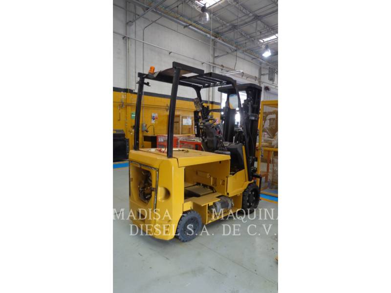 CATERPILLAR CARRELLI ELEVATORI A FORCHE EC30N equipment  photo 3