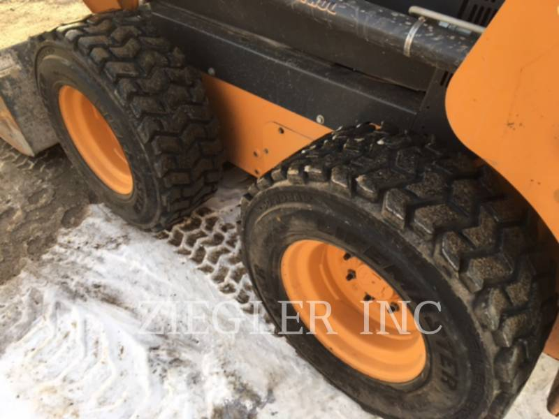CASE/NEW HOLLAND SKID STEER LOADERS SR210 equipment  photo 8