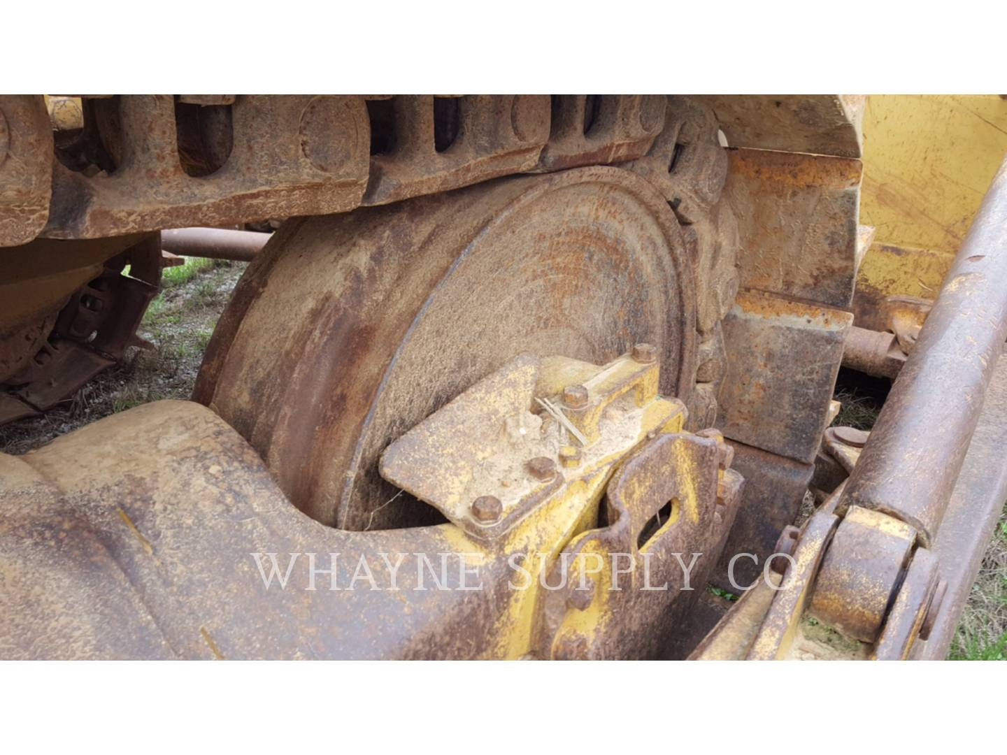 Detail photo of 1977 Caterpillar D9H from Construction Equipment Guide