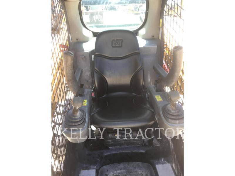 CATERPILLAR SKID STEER LOADERS 242 D equipment  photo 14