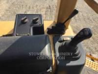 CATERPILLAR TRACK TYPE TRACTORS D3GXL equipment  photo 6