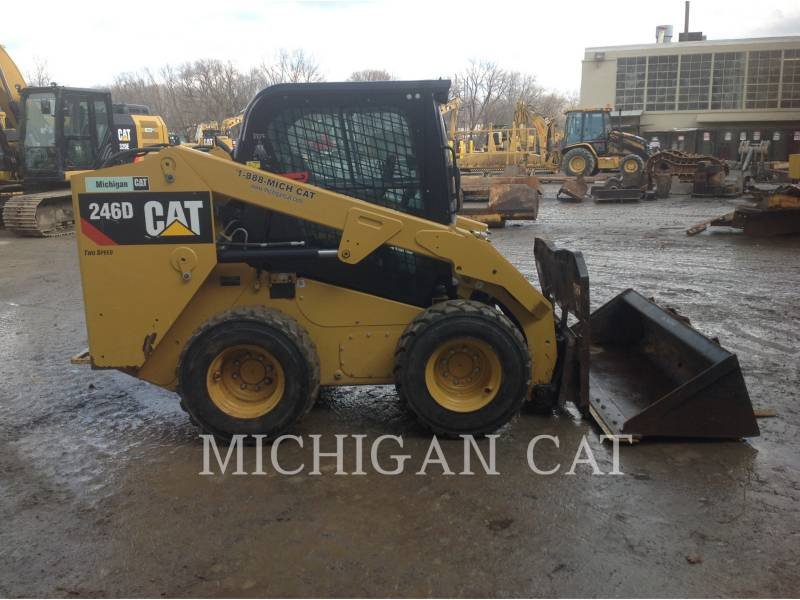CATERPILLAR CHARGEURS COMPACTS RIGIDES 246D C2Q equipment  photo 8