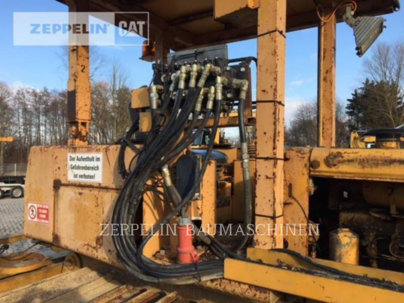 LIEBHERR TRACTEURS SUR CHAINES PR721 equipment  photo 16