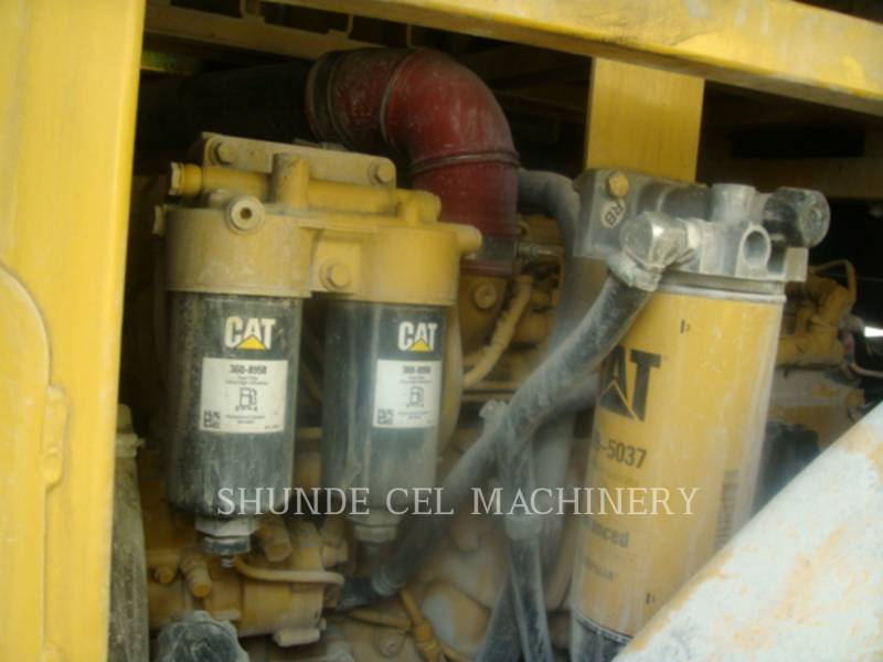 CATERPILLAR CHARGEURS SUR PNEUS MINES 950 GC equipment  photo 9
