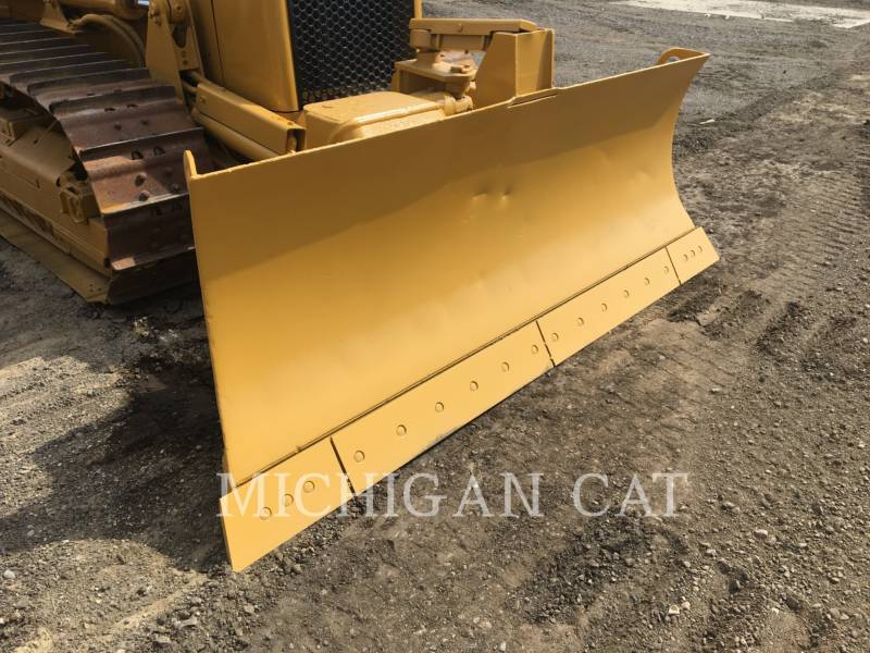 CATERPILLAR TRACK TYPE TRACTORS D3GX C equipment  photo 11