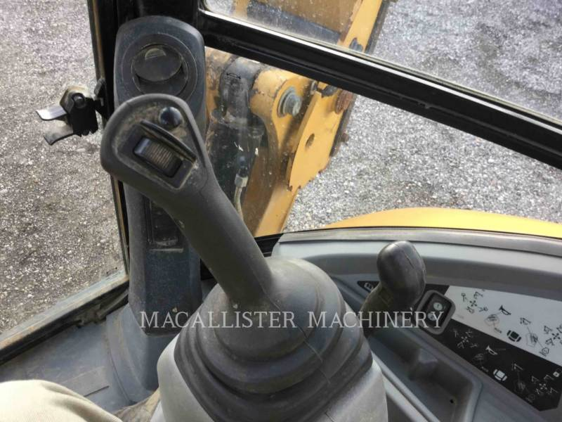 CATERPILLAR BACKHOE LOADERS 420FIT equipment  photo 23