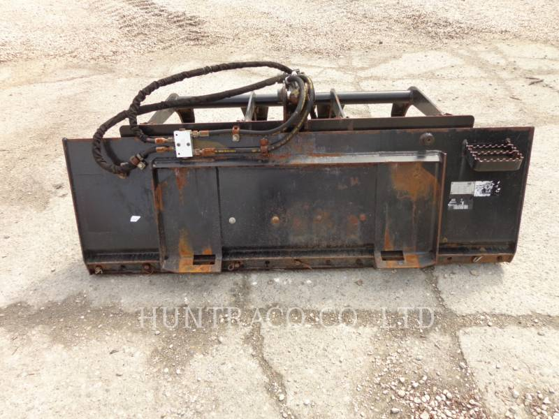 CATERPILLAR WT - BUCKET SSL MANURE FORKS equipment  photo 2