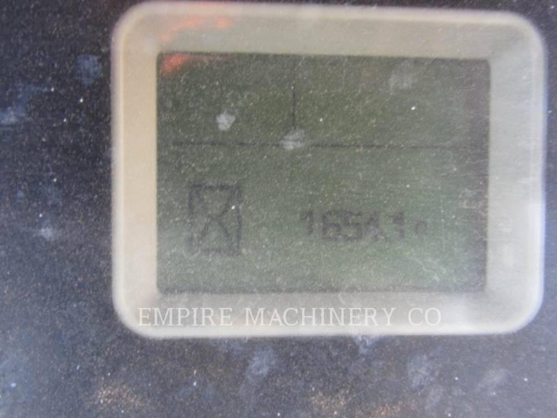 CATERPILLAR CHARGEUSES-PELLETEUSES 450F equipment  photo 11