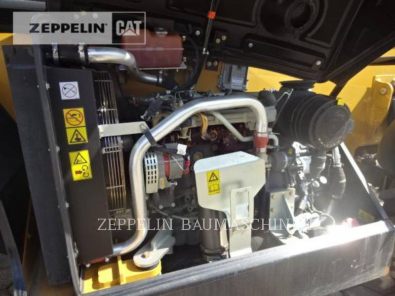 CATERPILLAR TELESKOPSTAPLER TH414CGC equipment  photo 18