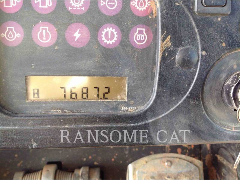 CATERPILLAR CHARGEURS SUR CHAINES 953C equipment  photo 6