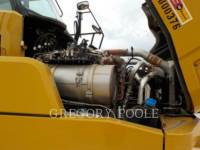 CATERPILLAR ARTICULATED TRUCKS 725C equipment  photo 17