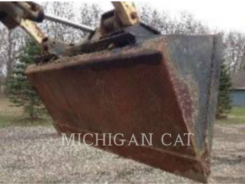 BOBCAT SKID STEER LOADERS 743 equipment  photo 15