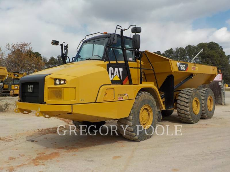 CATERPILLAR DUMPER ARTICOLATI 725C equipment  photo 1