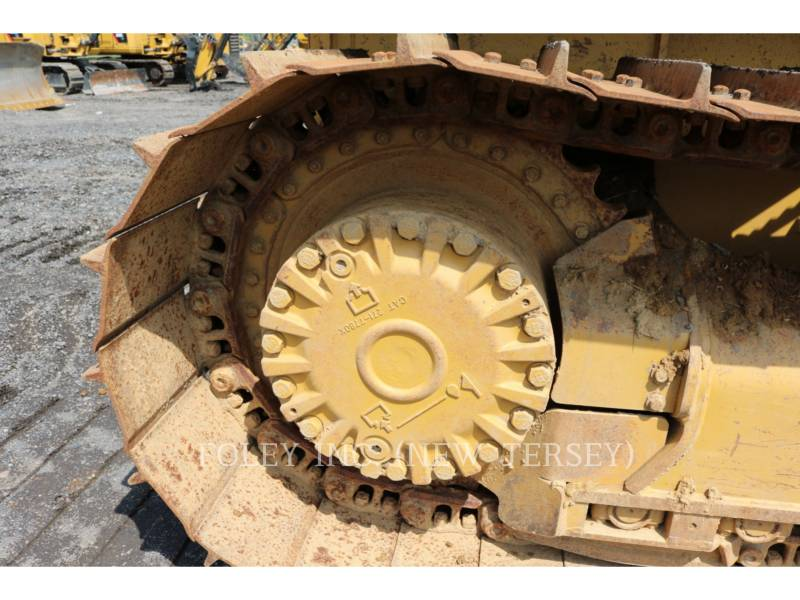 CATERPILLAR TRACK TYPE TRACTORS D4K2LGP equipment  photo 13