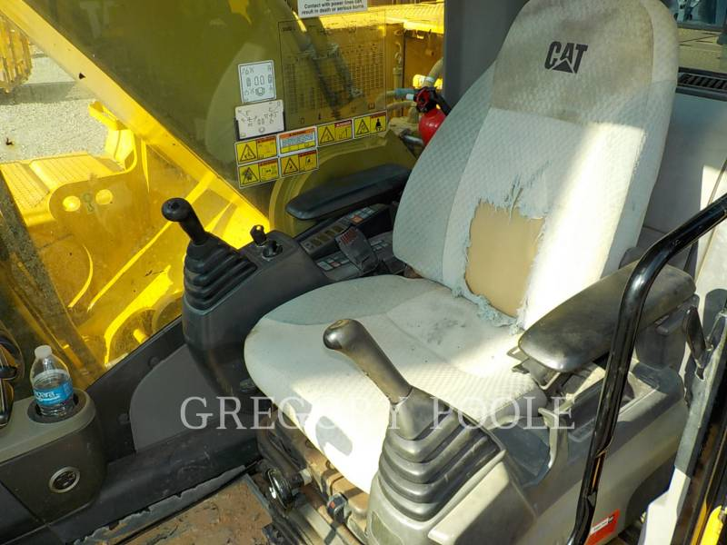 CATERPILLAR KETTEN-HYDRAULIKBAGGER 330DL equipment  photo 24