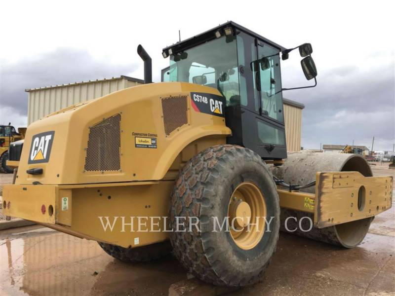 CATERPILLAR COMPACTEUR VIBRANT, MONOCYLINDRE LISSE CS74B equipment  photo 4
