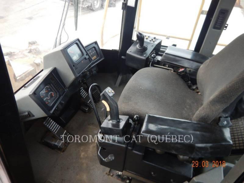 CATERPILLAR TRACTEURS SUR PNEUS 836H equipment  photo 6
