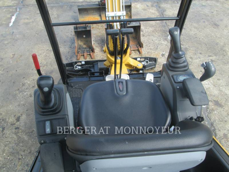 CATERPILLAR KETTEN-HYDRAULIKBAGGER 301.7D equipment  photo 7