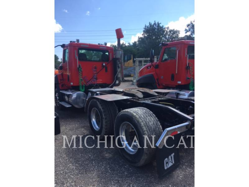 CATERPILLAR CAMIONES DE CARRETER CT660 T13A6 equipment  photo 3