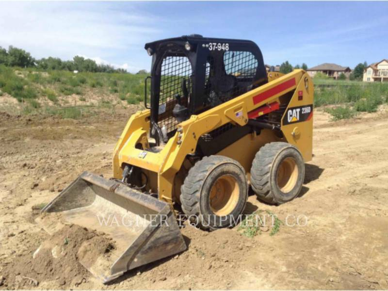 CATERPILLAR KOMPAKTLADER 236D equipment  photo 1