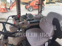 KUBOTA TRACTOR CORPORATION AG TRACTORS M135XDTC equipment  photo 2