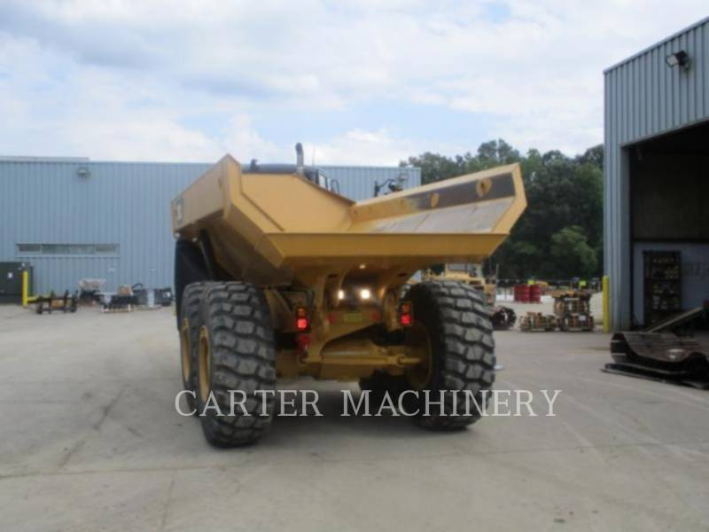 CATERPILLAR TOMBEREAUX ARTICULÉS 725C2 equipment  photo 3