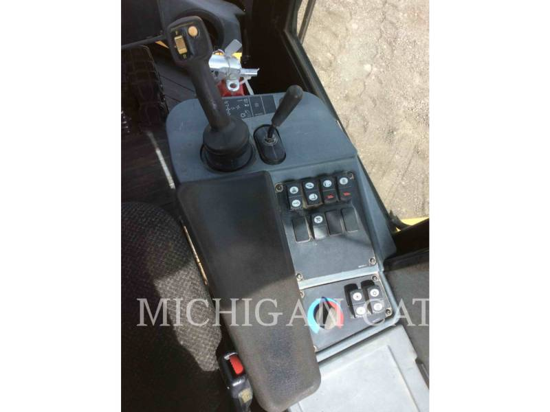 CATERPILLAR RADLADER/INDUSTRIE-RADLADER IT38H 3R equipment  photo 9