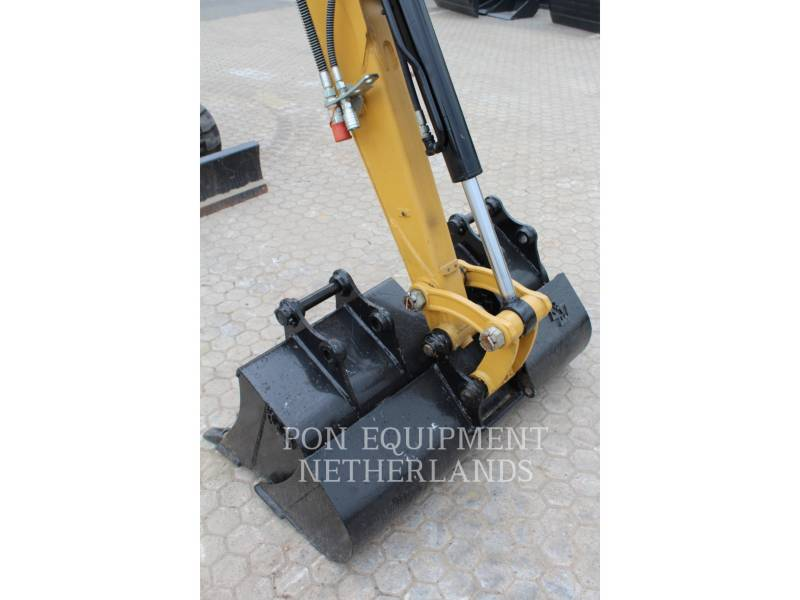 CATERPILLAR PELLES SUR CHAINES 302.7 D CR equipment  photo 12