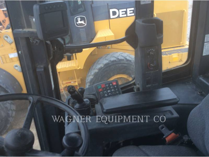JOHN DEERE CHARGEURS SUR PNEUS/CHARGEURS INDUSTRIELS 624K equipment  photo 9