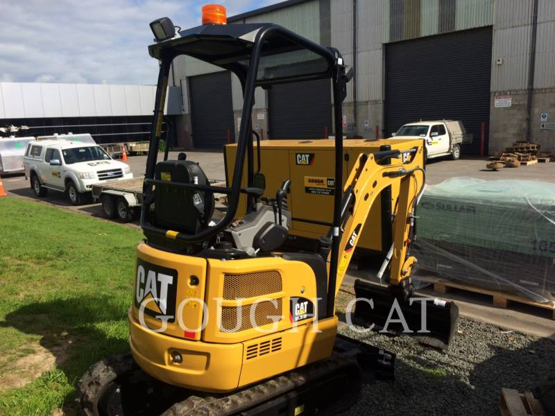 CATERPILLAR トラック油圧ショベル 301.7DCR equipment  photo 3